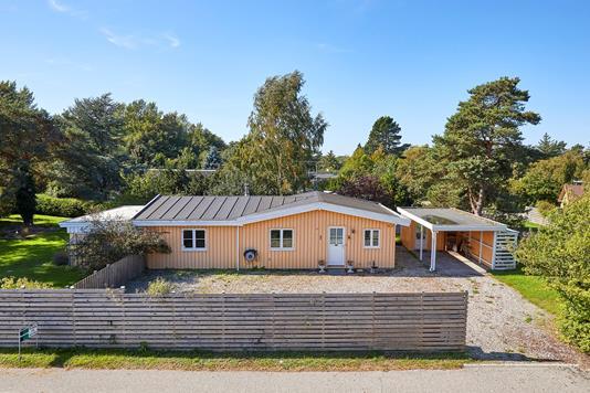 Villa på Hesselbjergvej i Vejby - Ejendommen