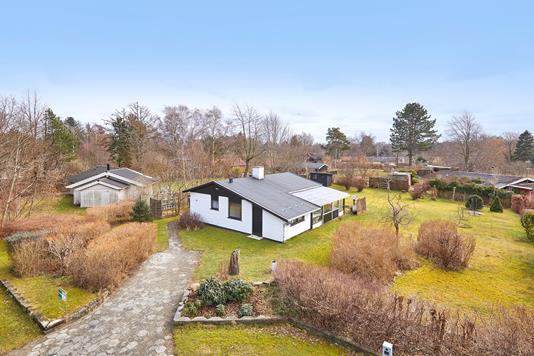 Fritidsbolig på Stokkepil-Holmen i Vejby - Ejendommen
