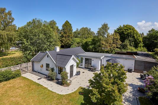 Villa på Plantagevej i Vejby - Ejendommen