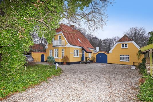 Villa på Anders Nielsens Vej i Vejby - Ejendommen