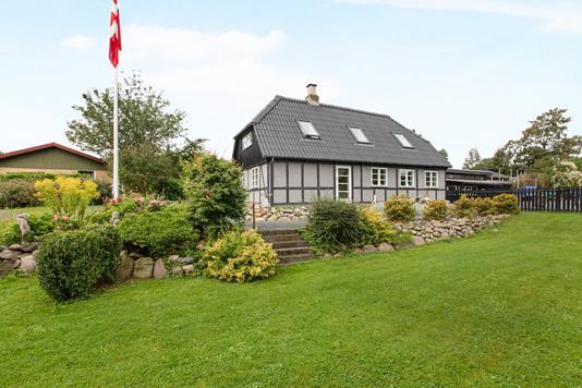 Villa på Gartnerhaven i Skødstrup - Ejendom 1