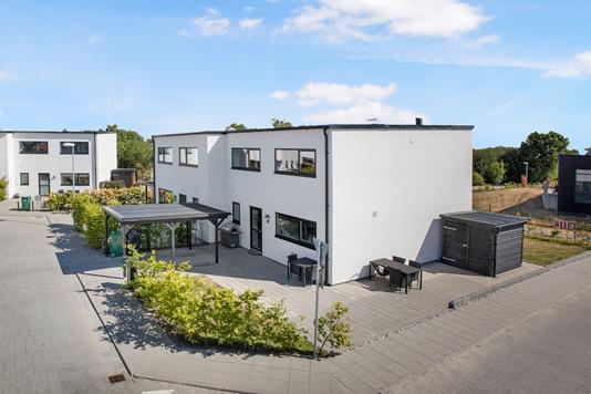 Villa på Tronkærgårdsvej i Skødstrup - Ejendom 1