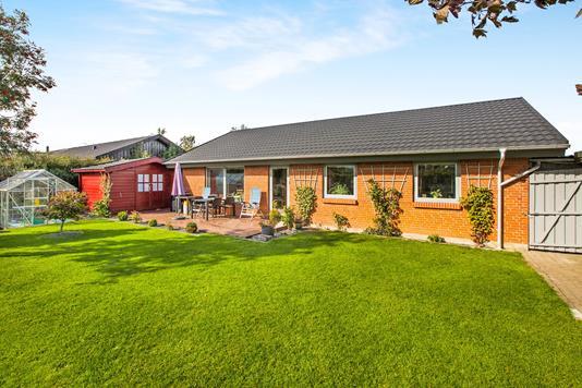 Villa på Hindbærhaven i Lystrup - Ejendom 1