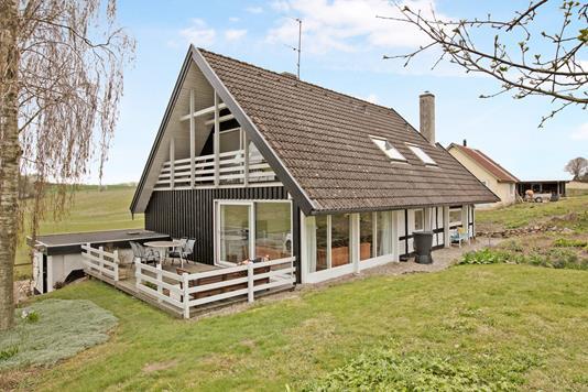 Villa på Pusthusvej i Hornslet - Ejendom 1