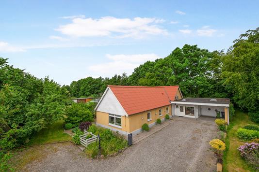 Landejendom på Kaløvej i Skødstrup - Ejendom 1