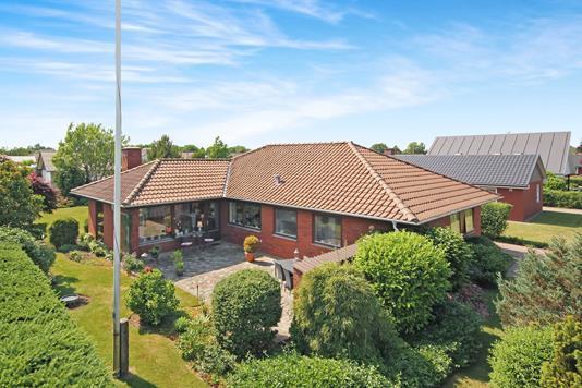 Villa på Valmuemarken i Gredstedbro - Ejendommen