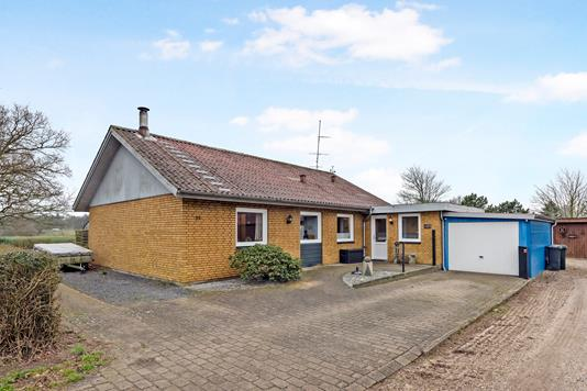 Villa på Aavej i Gredstedbro - Ejendommen