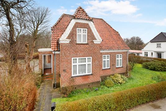 Villa på Kirkegade i Gredstedbro - Ejendommen