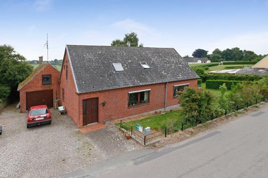 Villa på Annexstræde i Tranekær - Ejendommen