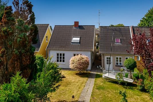 Villa på Nørrebro i Rudkøbing - Ejendommen