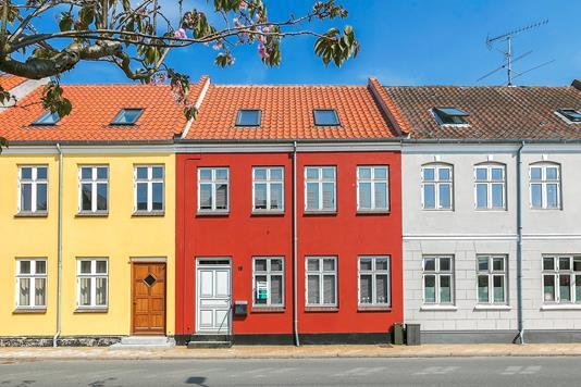 Rækkehus på Ahlefeldtsgade i Rudkøbing - Facade