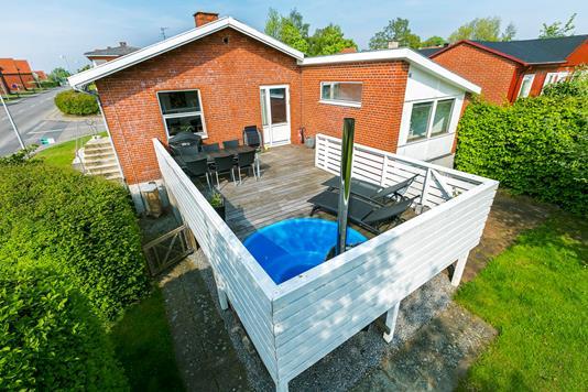 Villa på Ringvejen i Rudkøbing - Mastefoto