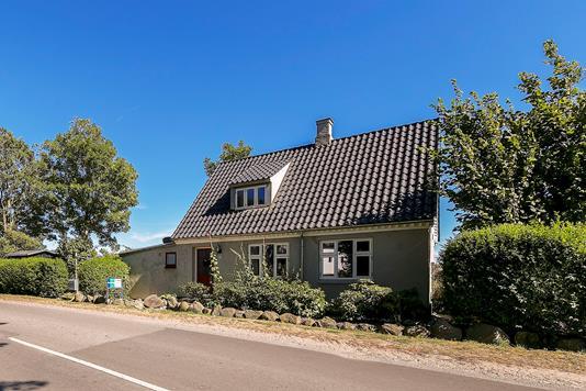 Villa på Ristingevej i Humble - Ejendommen