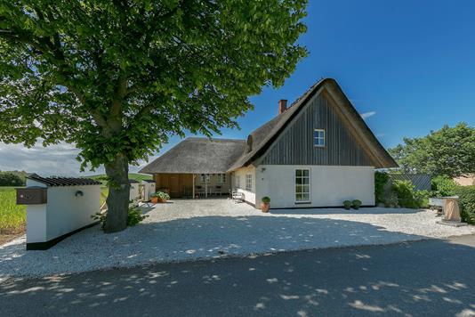 Villa på Ormstrupvej i Humble - Ejendommen