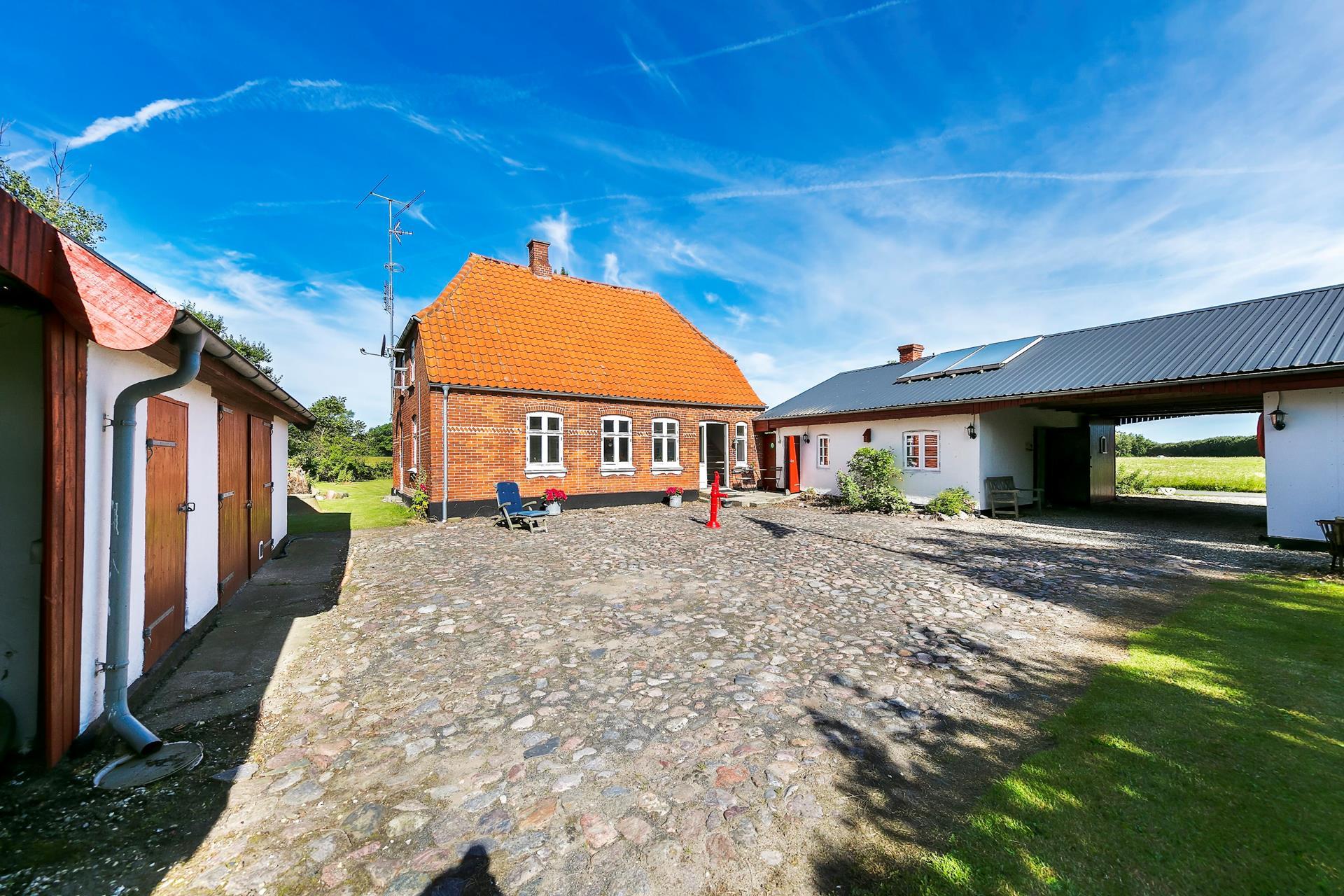 Villa på Korsvejen i Strynø - Udendørs