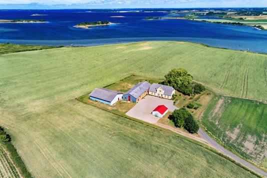 Landejendom på Bogøvej i Rudkøbing - Luftfoto