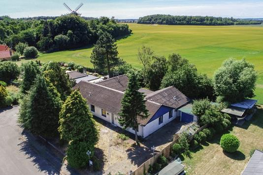 Villa på Pellemarken i Tranekær - Luftfoto