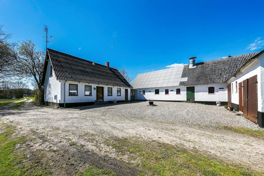 Villa på Sønderskovvej i Humble - Ejendommen
