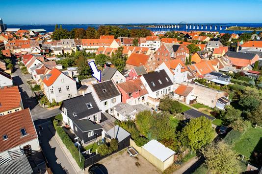 Villa på Ahlefeldtsgade i Rudkøbing - Luftfoto