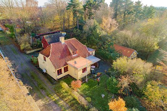Villa på Stoensevej i Tranekær - Luftfoto
