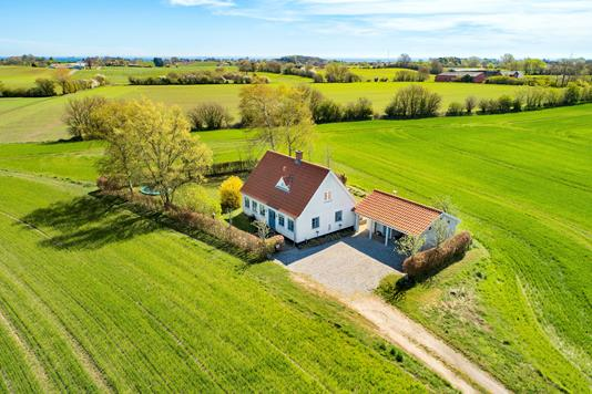 Villa på Løkkebyvej i Tranekær - Luftfoto