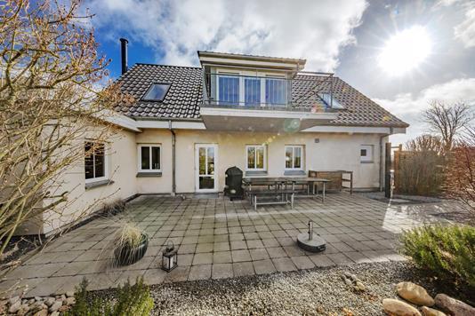 Villa på Korsvej i Tranekær - Udendørs