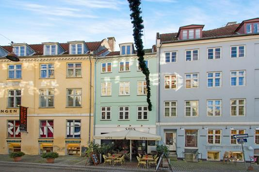 Ejerlejlighed på Læderstræde i København K - Ejendommen