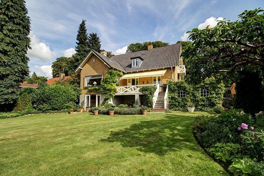 Villa på Vældegårdsvej i Gentofte - Ejendommen