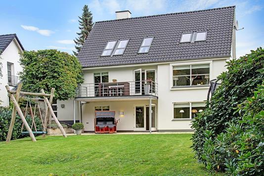 Villa på Vedbæk Strandvej i Vedbæk - Ejendommen