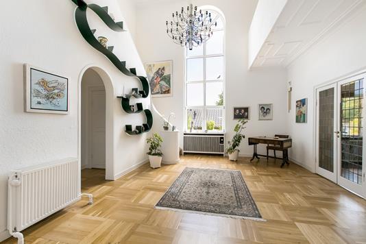 Villa på Jægersborg Allé i Charlottenlund - Hall