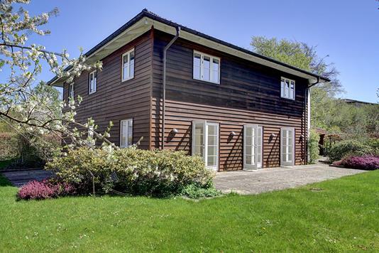 Villa på Clarasvej i Charlottenlund - Ejendommen