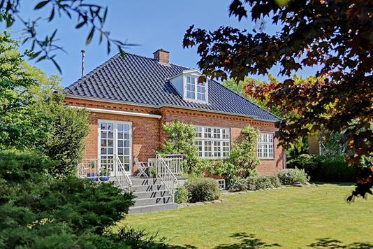 Villa på Tonysvej i Charlottenlund - Ejendommen