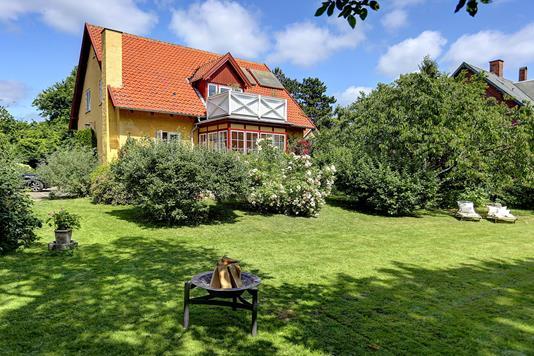 Villa på Hovmarksvej i Charlottenlund - Ejendommen