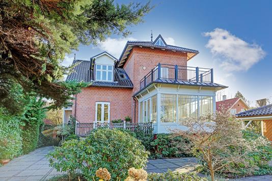 Villa på Johannevej i Charlottenlund - Ejendommen