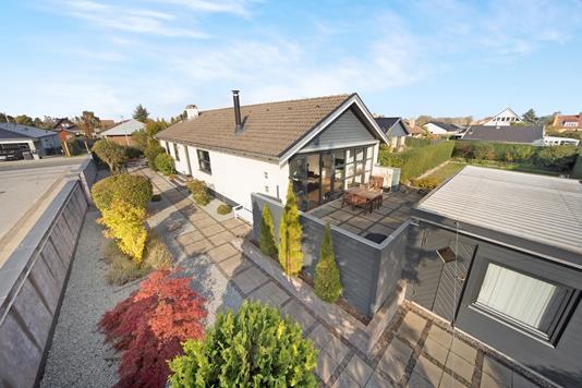 Villa på Jetsmarkvej i Kastrup - Ejendom 1