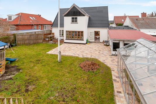 Villa på Nordrehøj Alle i Kastrup - Ejendom 1