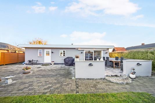 Villa på Utrecht Alle i Dragør - Ejendommen