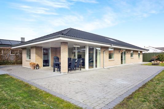 Villa på Limburg Alle i Dragør - Ejendommen