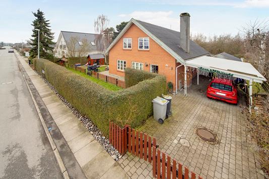 Villa på Natalvej i Kastrup - Ejendom 1