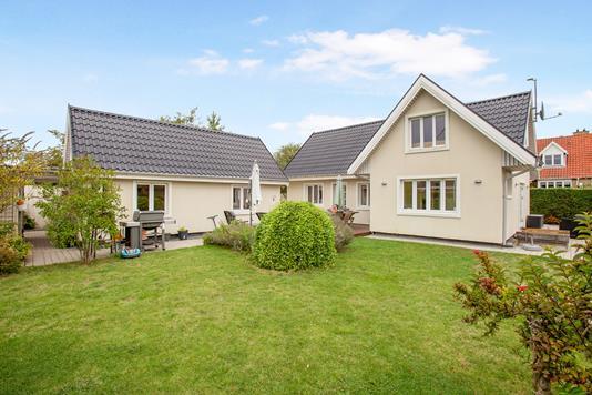 Villa på Gyldenvang Alle i Kastrup - Ejendom 1