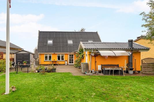 Villa på Skelgårdsstræde i Kastrup - Ejendommen