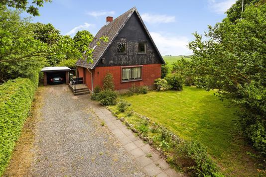 Villa på Blæsbjergvej i Barrit - Ejendommen