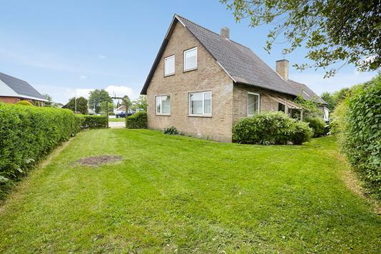 Villa på Barrit Langgade i Barrit - Set fra haven