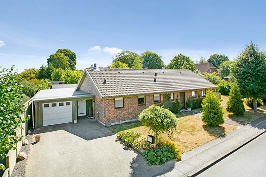 Villa på Lindevangen i Stouby - Mastefoto