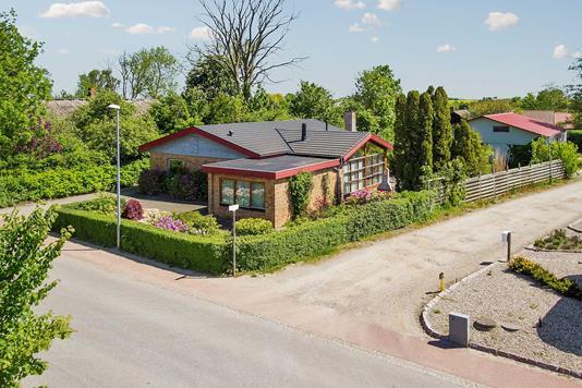 Villa på Borgergade i Stouby - Ejendommen