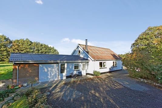Villa på Vandmøllevej i Løsning - Ejendommen