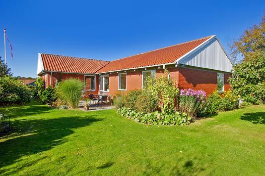 Villa på Højvej i Sabro - Ejendommen