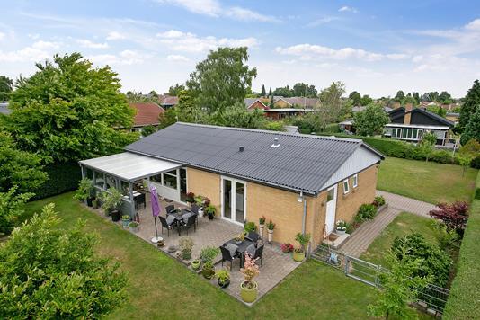 Villa på Tornballevej i Tilst - Set fra haven