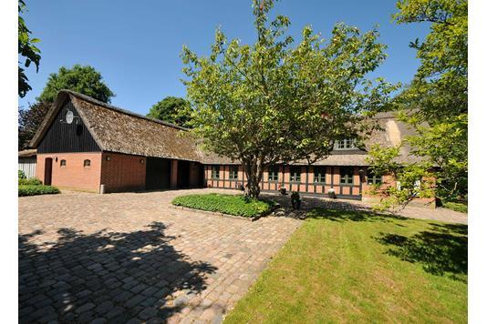 Villa på Stillingvej i Sabro - Ejendommen