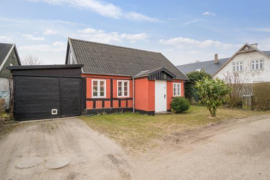 Villa på Graven i Sabro - Ejendommen